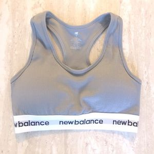 New Balance padded sports bra (Never been worn)